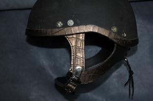 ヘルメットカスタマイズ アメリカン ヘルメット修理